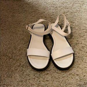 Forever 21 white sandals size 7